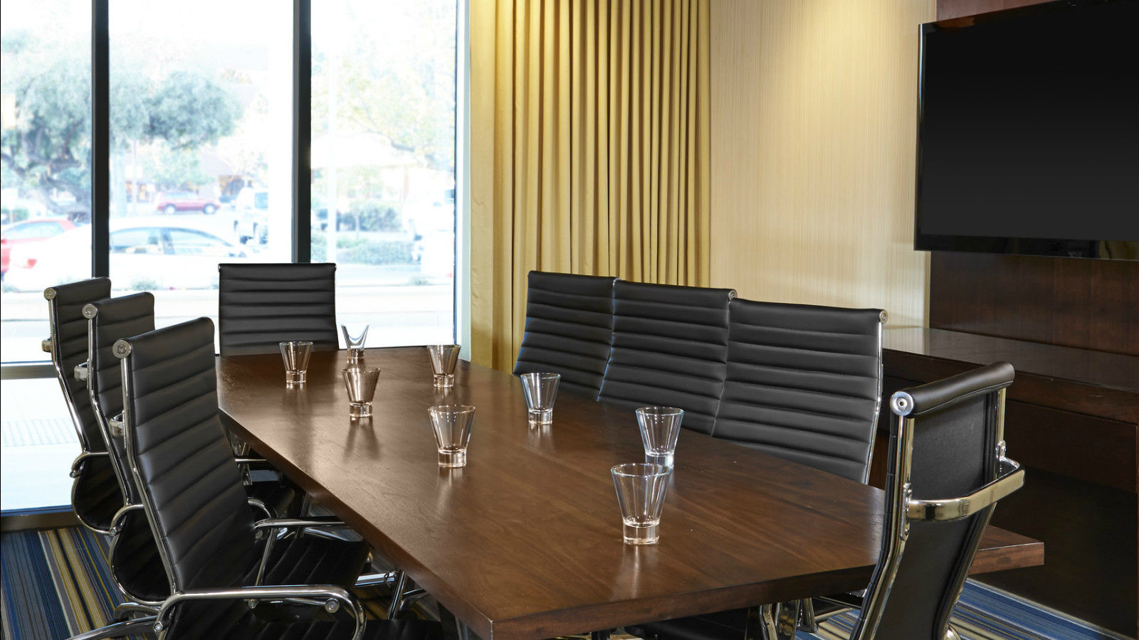 Cupertino Meeting Rooms - Tactic Meeting Room